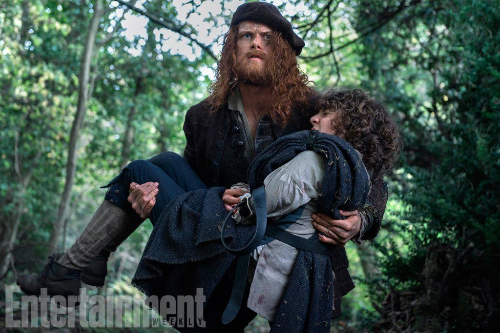 I'm so glad they didn't try to keep him looking like the usually-beautiful Jamie.  He would have looked pretty darn scraggly and scruffy, living in a cave.