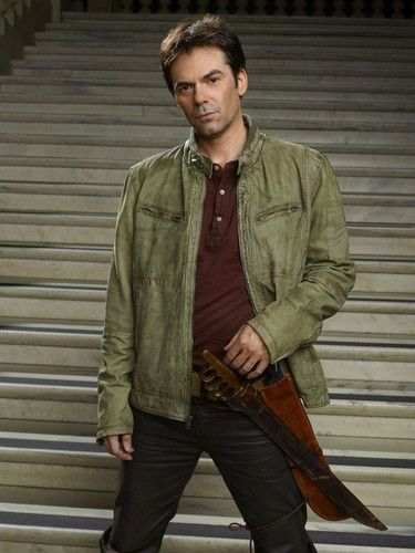 Billy Burke - Miles Matheson, Revolution