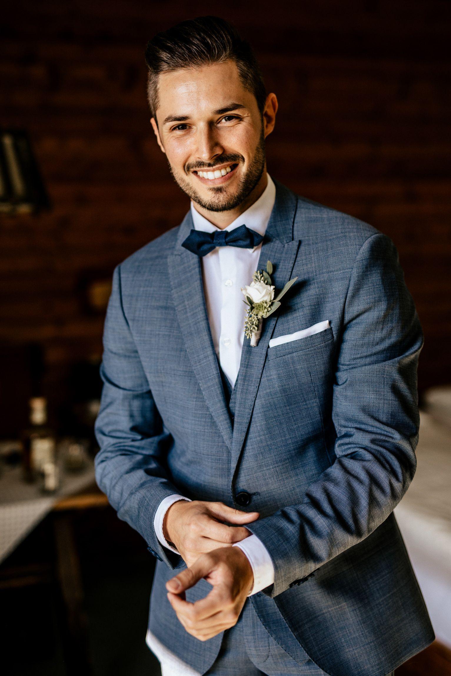 Krawatte Plastron Oder Fliege Fur Den Hochzeits Anzug