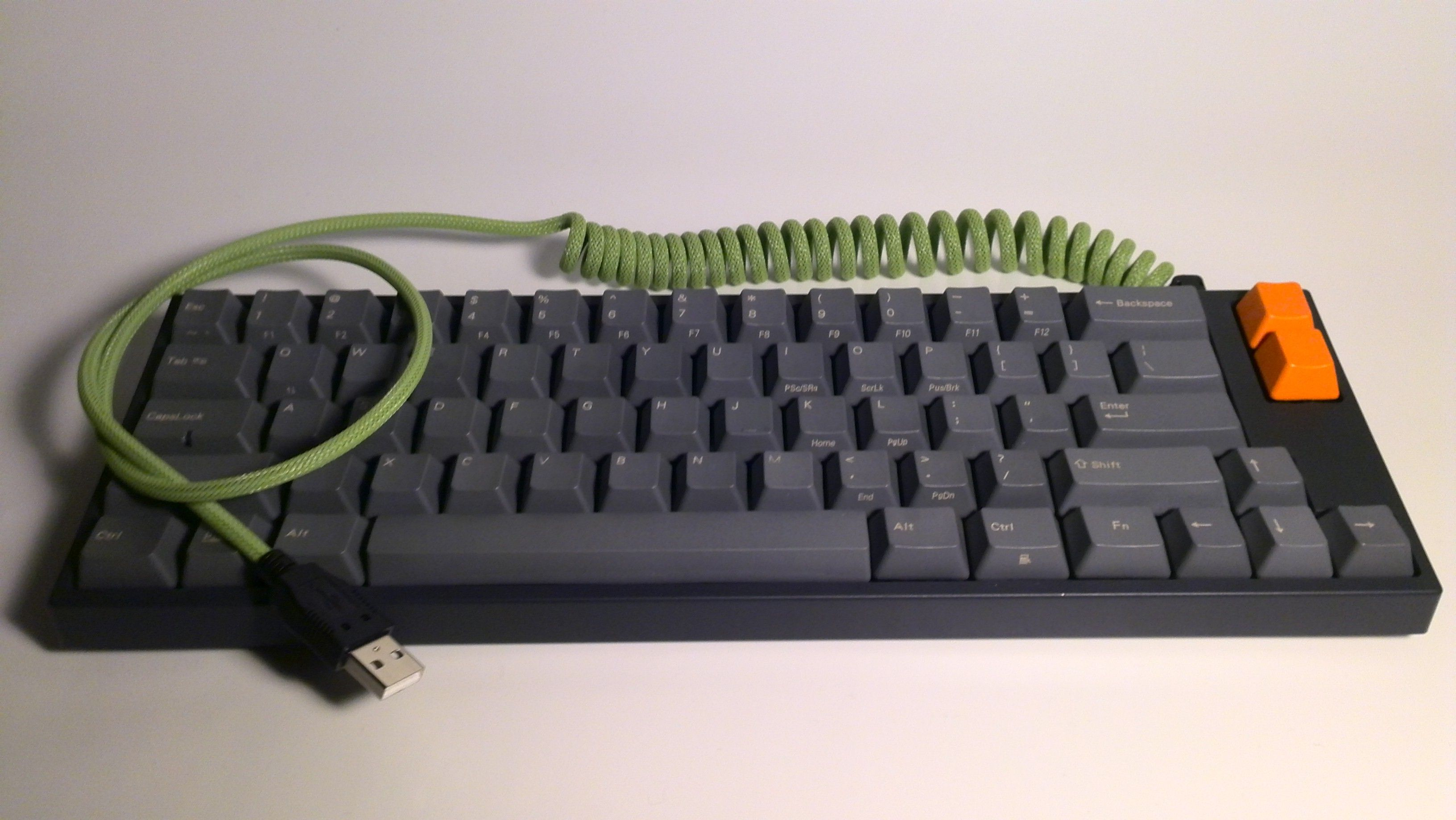 Leopold 660m Pexon Cable In 2020 Keyboard Good Ol Cable