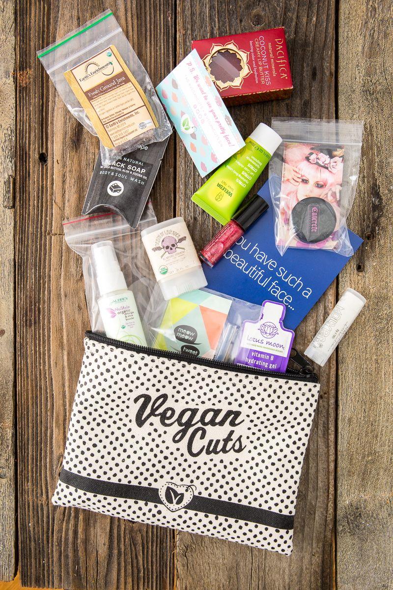The Vegan Cuts Beauty Essentials Kit Review #beautyessentials