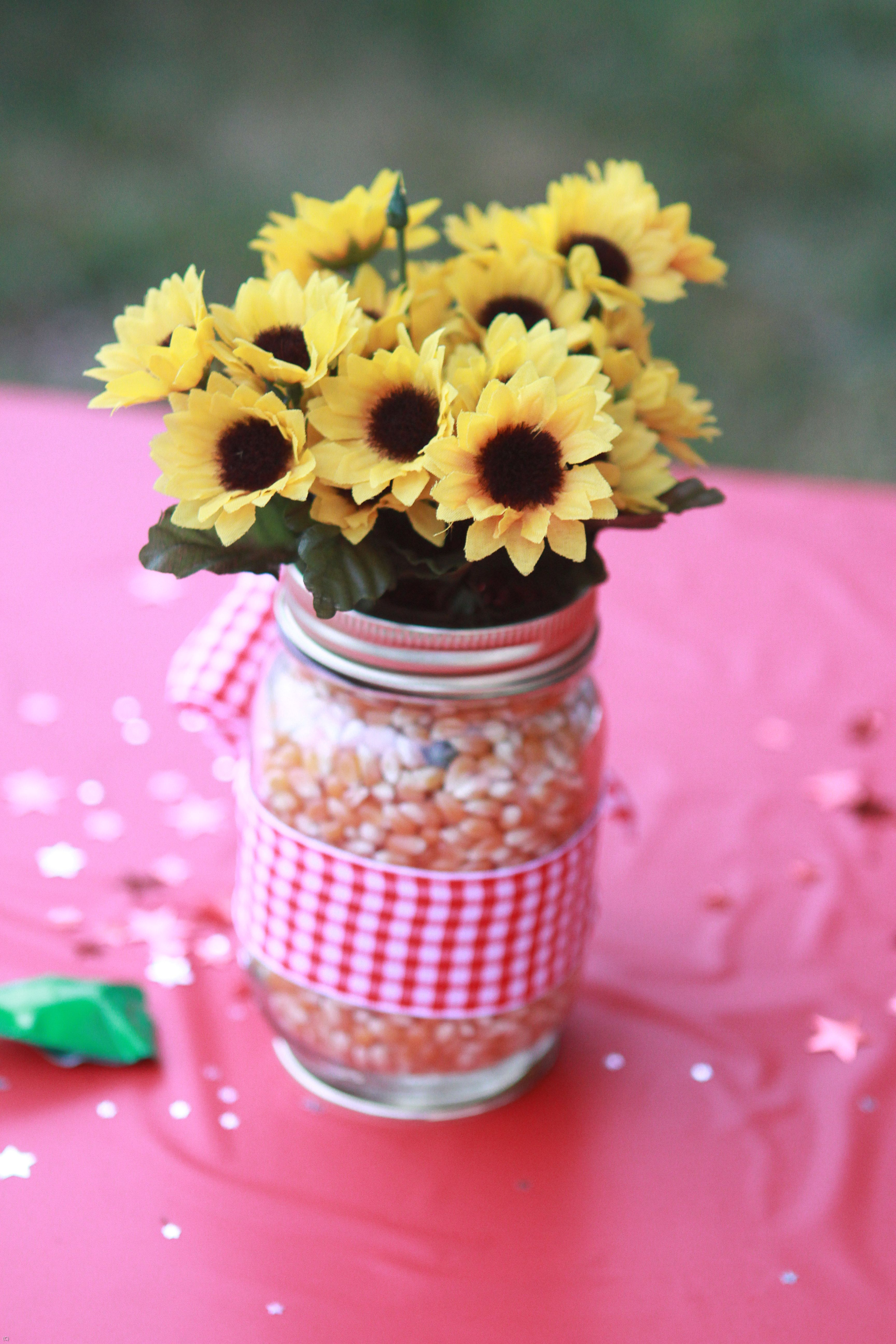 Centerpiece for farm themed birthday party parties pinterest centerpiece for farm themed birthday party dhlflorist Image collections