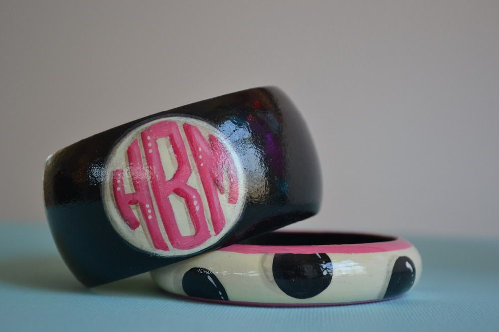 www.preppyandpinknc.com  handpainted monogrammed bangles  Died and gone to heaven!!!!