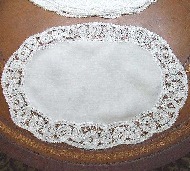 8 Vintage Battenburg Lace and Linen Oval Placemats
