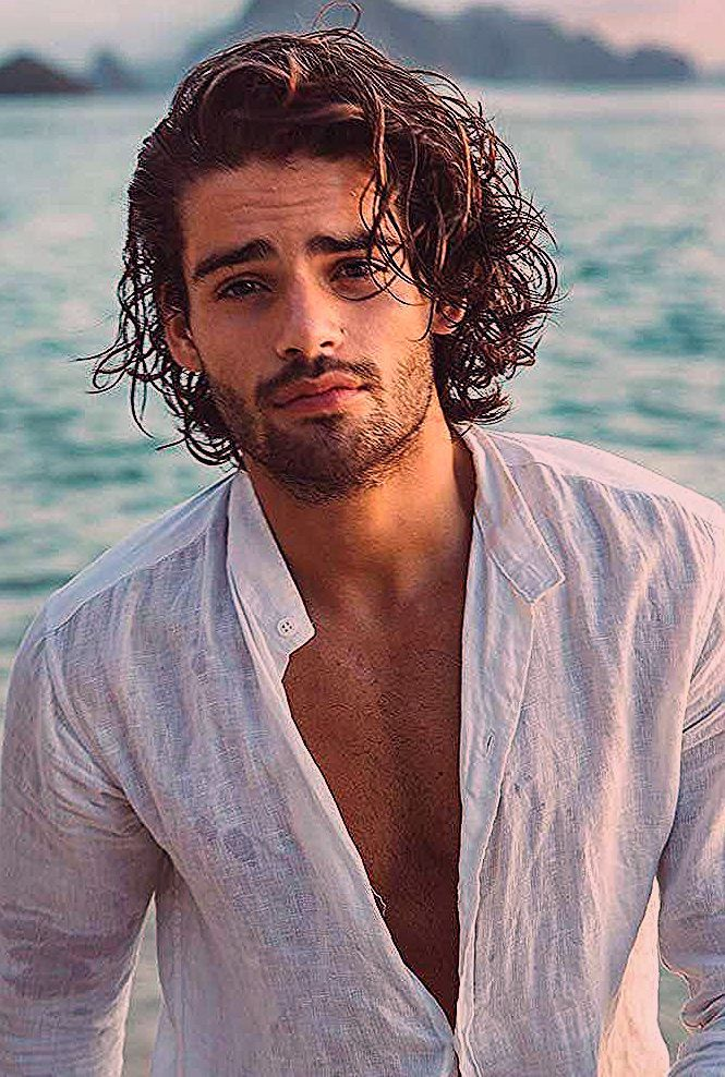 Photo of How To Get And Style Curly Hair Men Like To Sport   LoveHairStyles.com