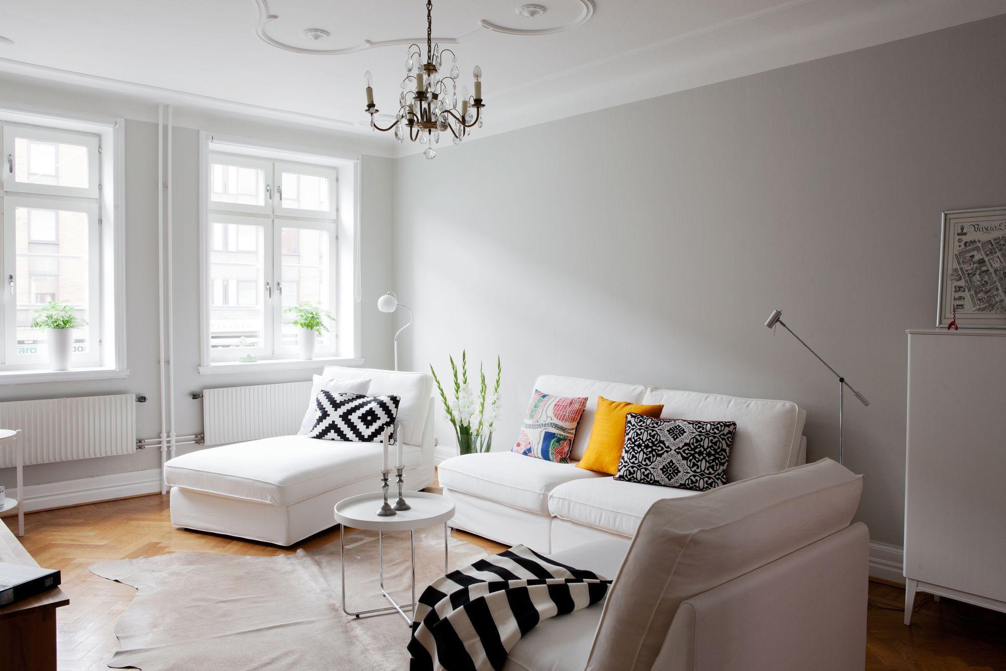 Paredes grises, muebles blancos, suelo de madera | Paredes grises ...