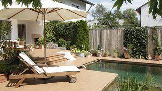 Terrasse Mit Sitzecke Und Liegeflache Sichtschutz Mit Bambooline Elemente Traumgarten Garten Gartengestaltung