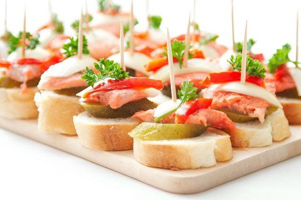 Quick and easy finger food ideas for parties for Hot canape ideas