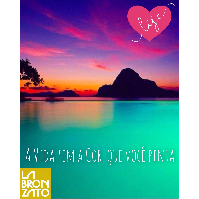 e a cor do seu #sábado a noite?!  #iseeyourtruecolors #saturdaynight #sabadoanoite #todomundoespera #algumacoisa  #vemchegandooverao #aquieveraooanotodo  #labronzato #modapraia #multimarcas #feminino #masculino #infantil #biquini #maiô #sunga #beachwear ⛵️ #ferias #fimdesemana #praia #piscina #clube #araguaia #summertime #goiania #goias #brasil ➡️ follow: @labronzato
