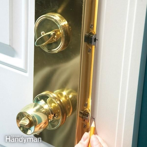 21 Cheap And Effective Tricks To Keep Your Home Safe | Door jamb ...