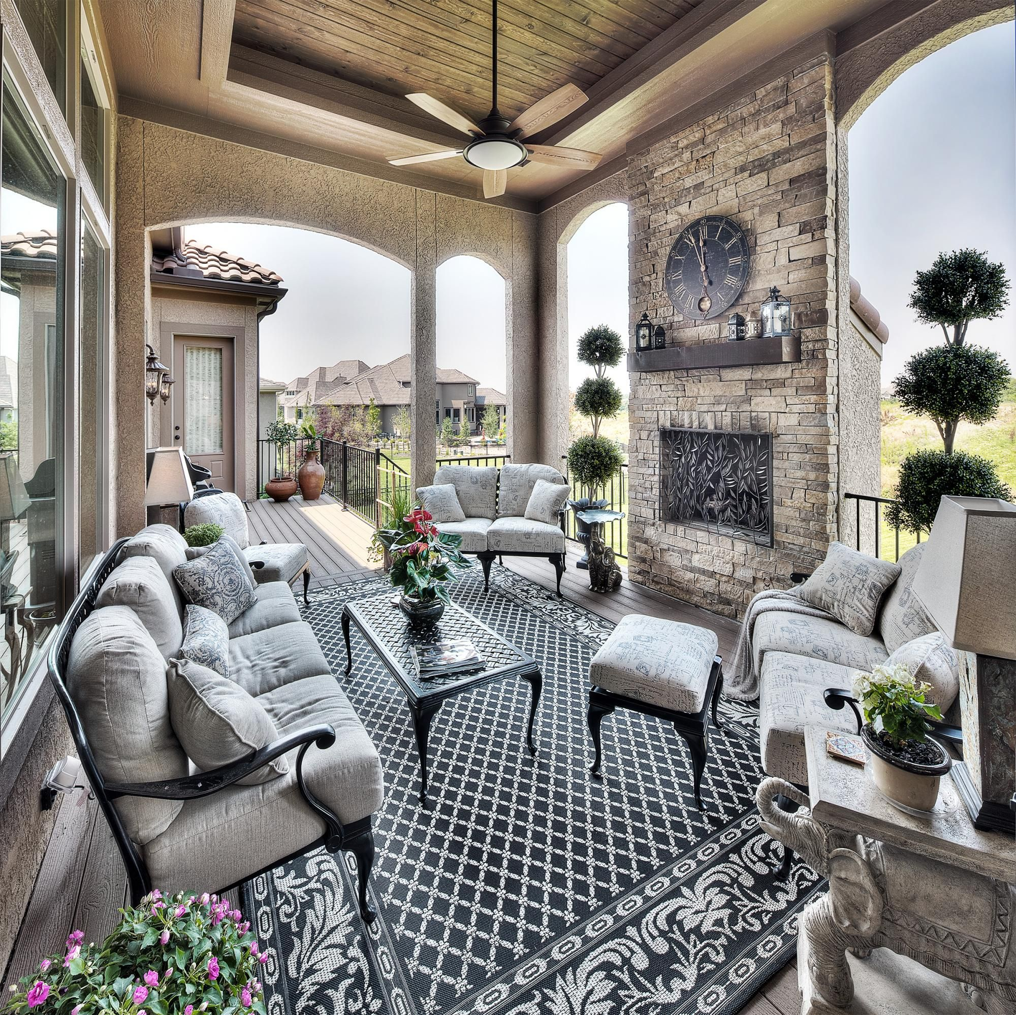 Outdoor Living Photo Gallery