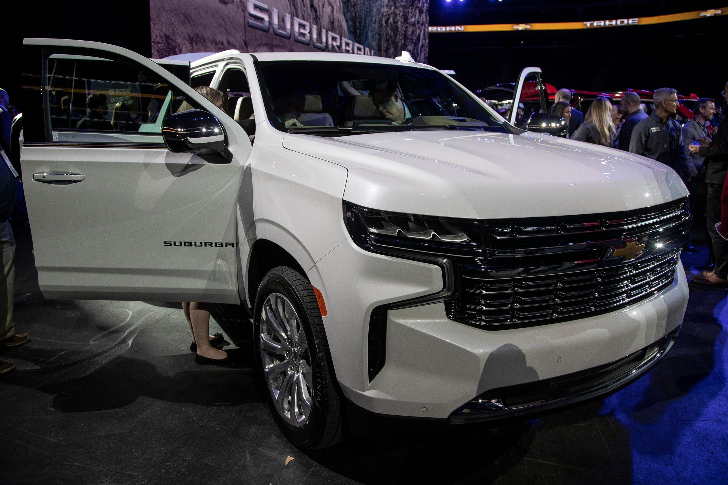gm reveals 2021 chevy suburban and tahoe  chevrolet