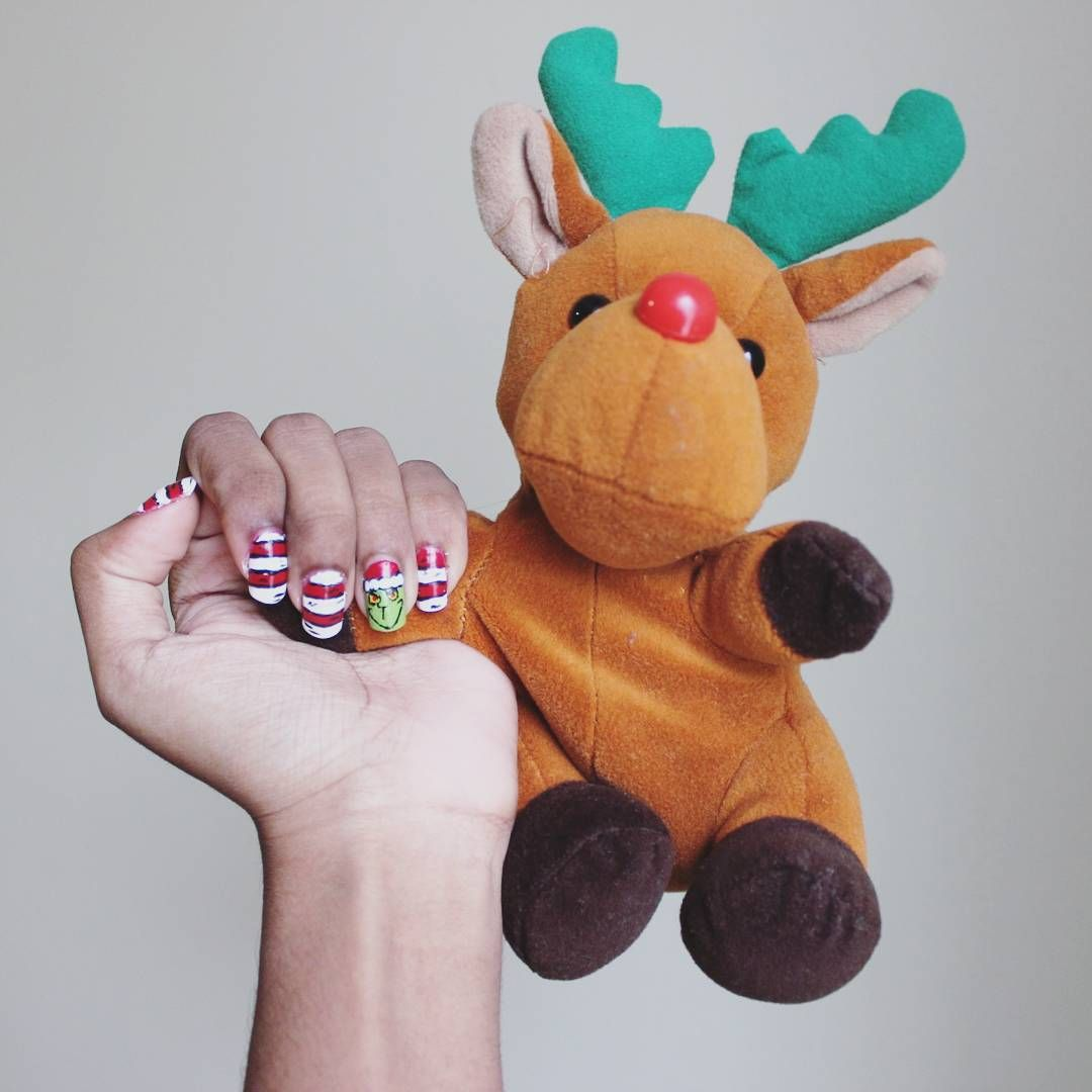 How the Grinch stole Christmas nail art~ #thegrinch #Rudolph ...