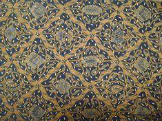 Nama motif   Sido Luhur Daerah   Kraton Surakarta Jenis Batik   Batik  Kraton Dikenakan   Temanten Putri (malam pengantin) Makna   Dua jiwa  menjadi satu f385f7395b