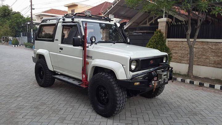 Daihatsu Rocky Dengan Gambar Mobil