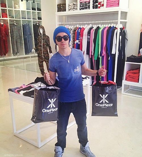 Baby Nath Shopping Today 01.23.13