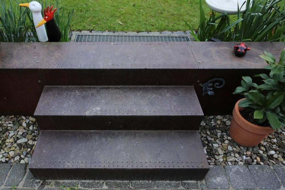 Garten Treppe Aus Corten Stahl Treppe Aussentreppe Stahl Stahltreppen Aussen