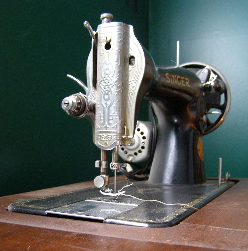 The First Electric Machines Were Developed By Singer Sewing Co And Adorable 1st Electric Sewing Machine