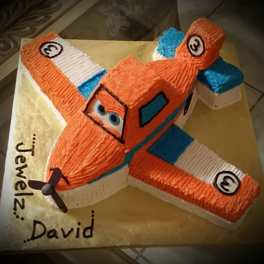 Airplanes Theme Cake Completely Carved And Made From Ercream Pipped Few Fondant