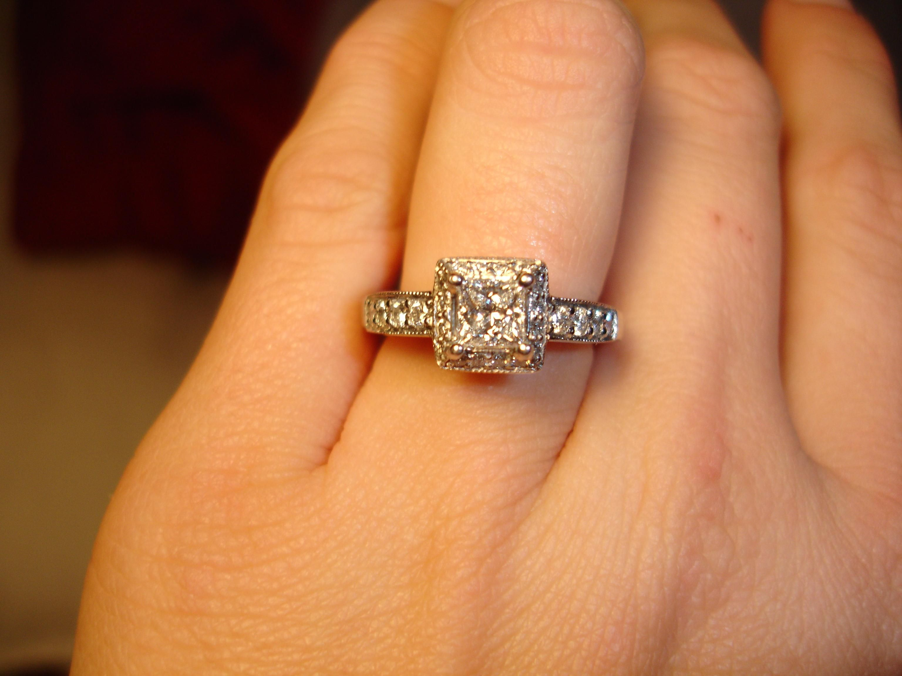 Big Engagement Rings On Peoples Hands 12 | Engagement Rings ...