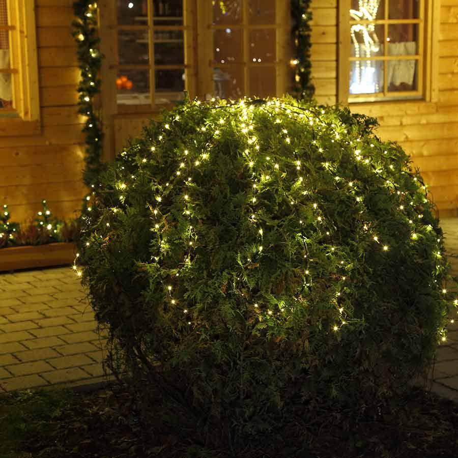Weihnachtsbeleuchtung Außen Für Große Bäume.Dekoidee Schmücken Sie Ihren Baum Oder Busch Doch Mit Einer Schönen
