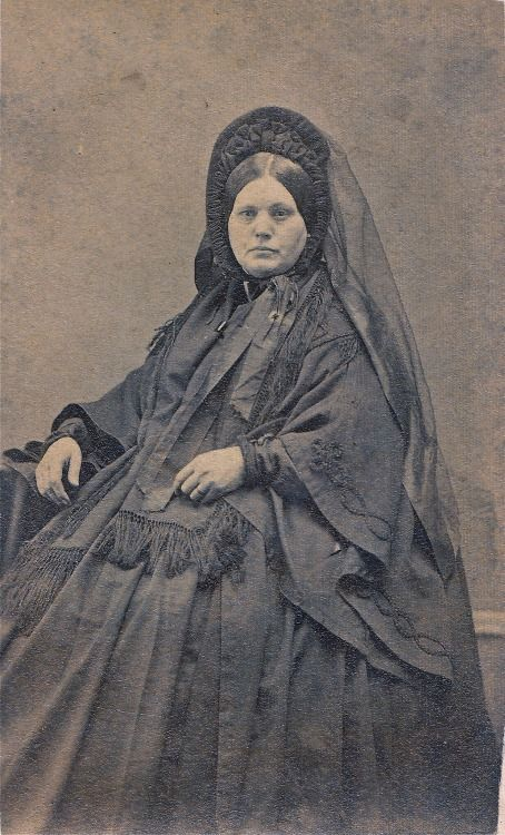 the-art-of-mourning:  Portly Widow, Unmarked Albumen Carte de Visite, Circa 1862 Source