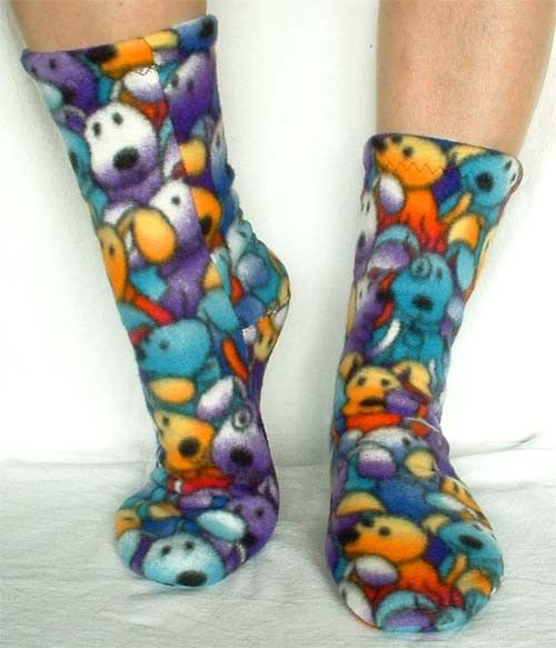 A very nice pattern for these fleece socks available for only 8 ...