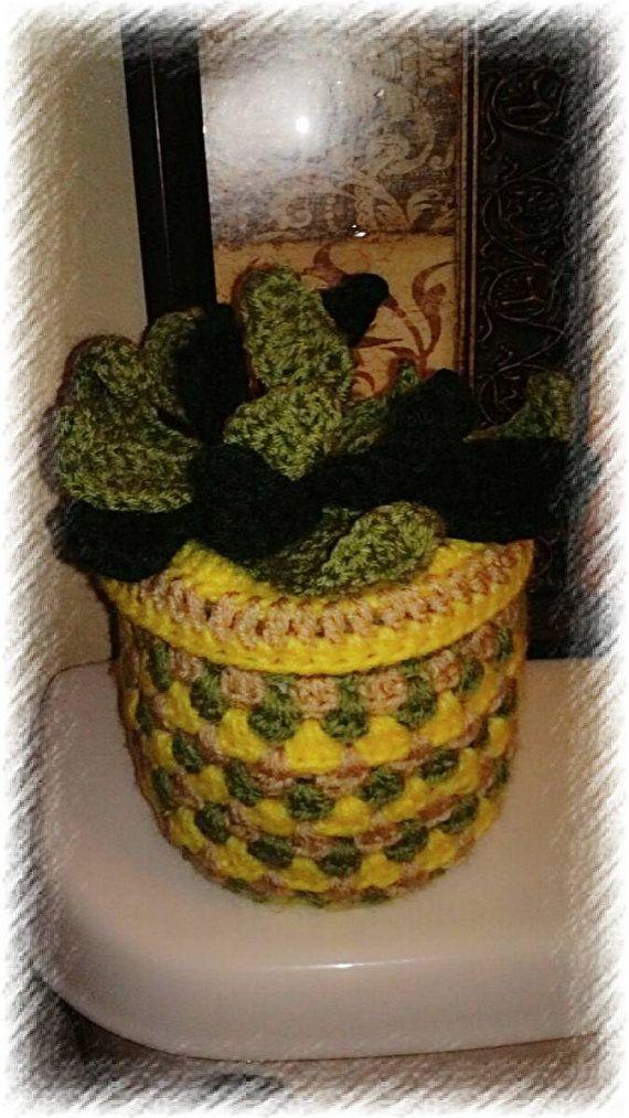 Hey, I found this really awesome Etsy listing at https://www.etsy.com/listing/471041909/crochet-tissue-cozy-bathroom-tissue