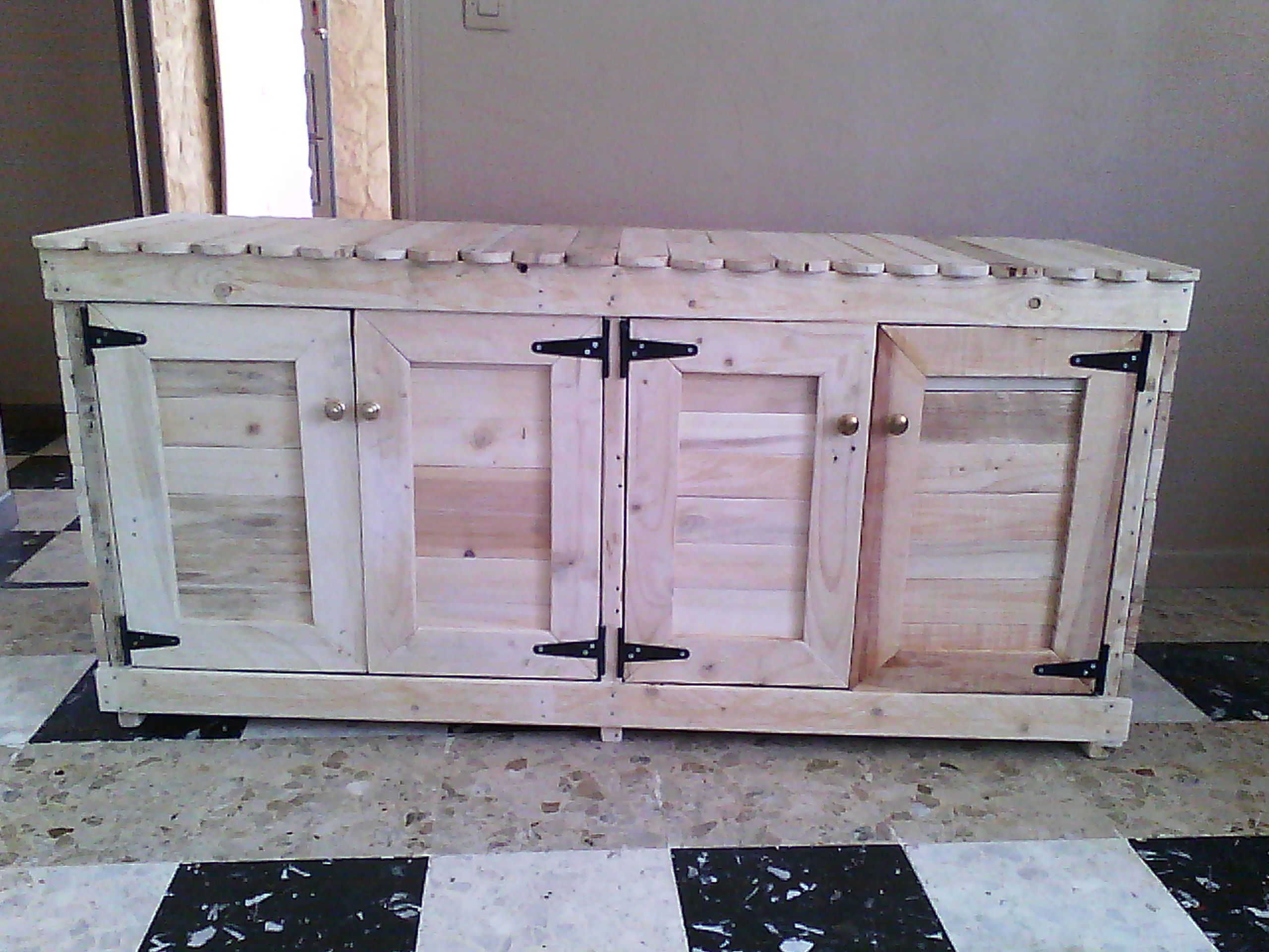Awesome Giant Cabinet Made Out Of Pallets #Kitchen #Palletcabinet #Recyclingwoodpallets