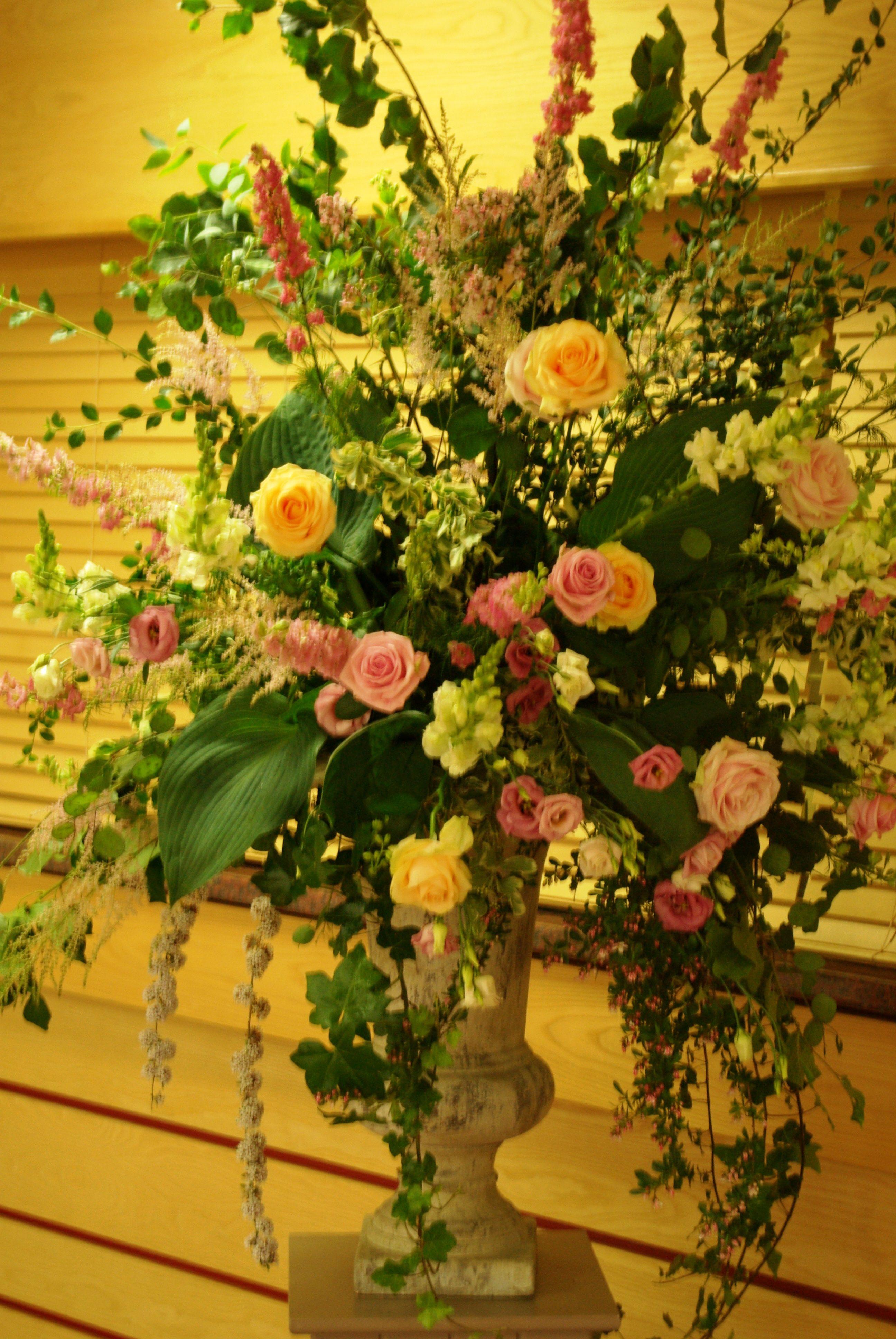 Beautiful flower arrangement beautiful arrangements pinterest beautiful flower arrangement izmirmasajfo