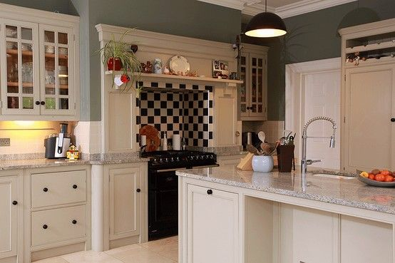 Old white painted kitchen with millennium cream granite for Period kitchen design