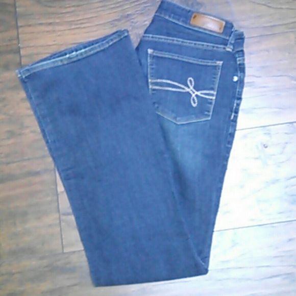 Levi Jeans Pair of Denizen by Levi jeans. Great condition. Size 8 Medium boot cut. Levi's Jeans Boot Cut