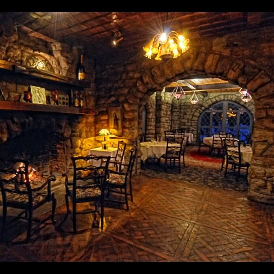 America S Haunted Restaurants And Hotels Beardslee Castle Little Falls Ny