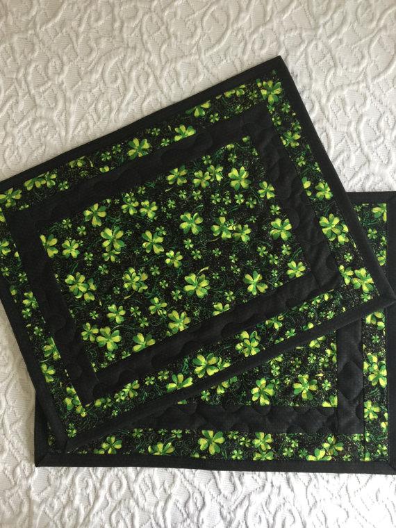 St. Patrick\'s Place Mats, Quilt, Green, Black, Clovers, Set of 2 ...