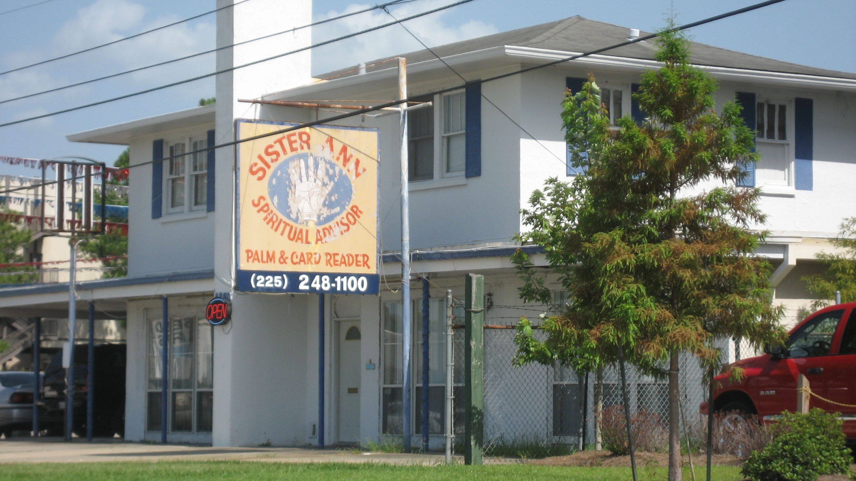 Location Photos of Apartments/Florida Ave Area Florida