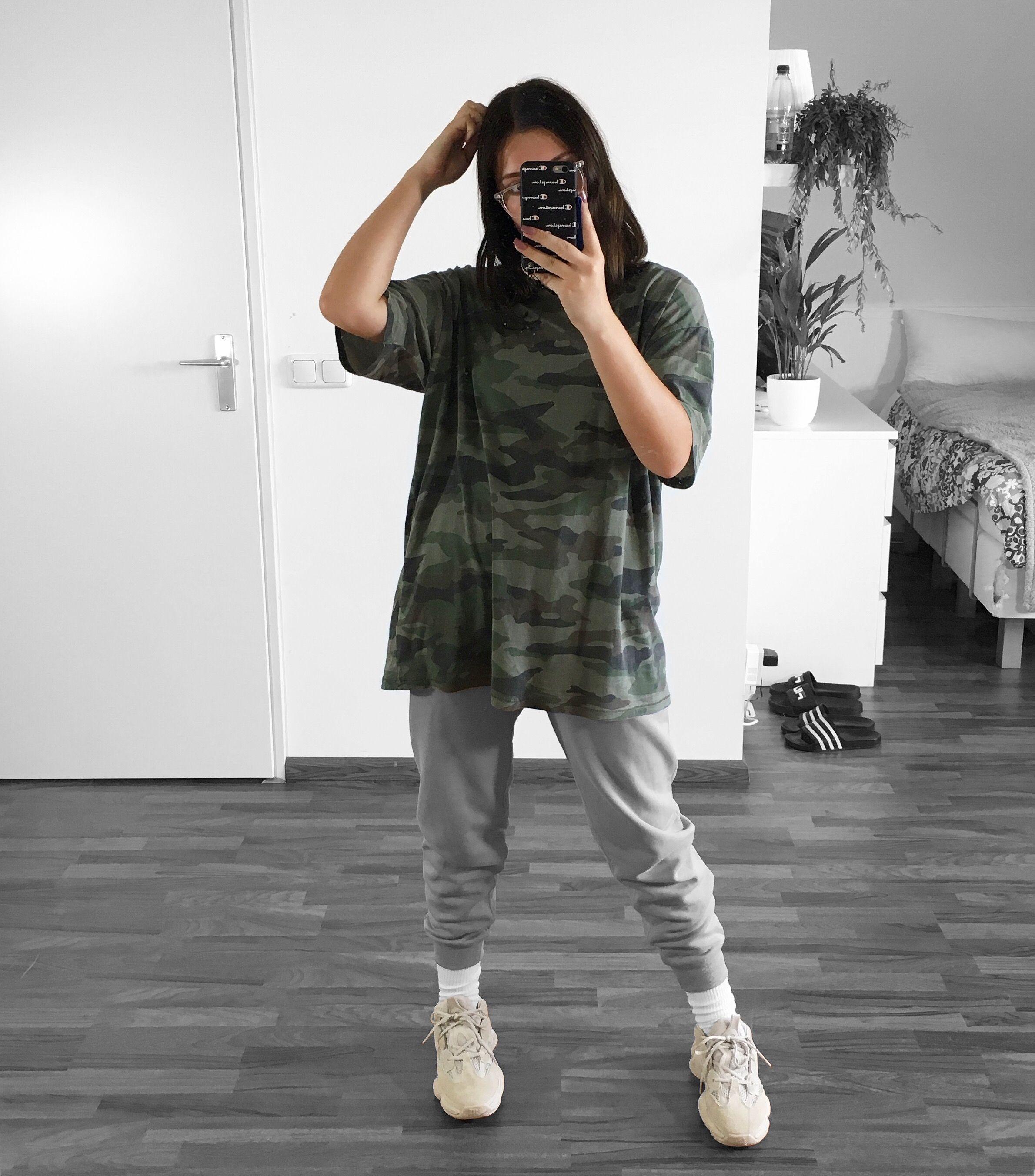 cf1f2c5b Yeezy 500 blush XX camouflage | Yeezys in 2019 | Outfits, Yeezy ...
