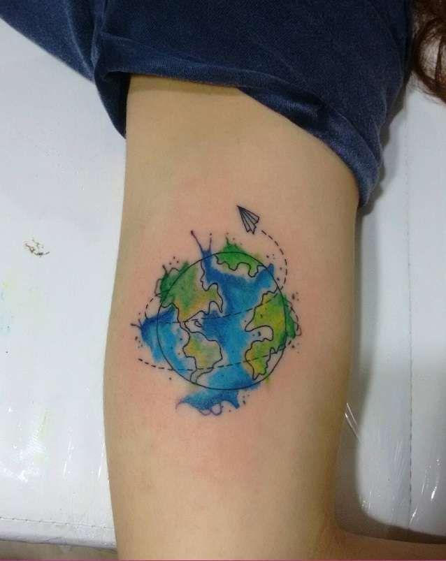 Bola Del Mundo Tatuajes De Acuarela Tatuajes Tatuaje Mundo