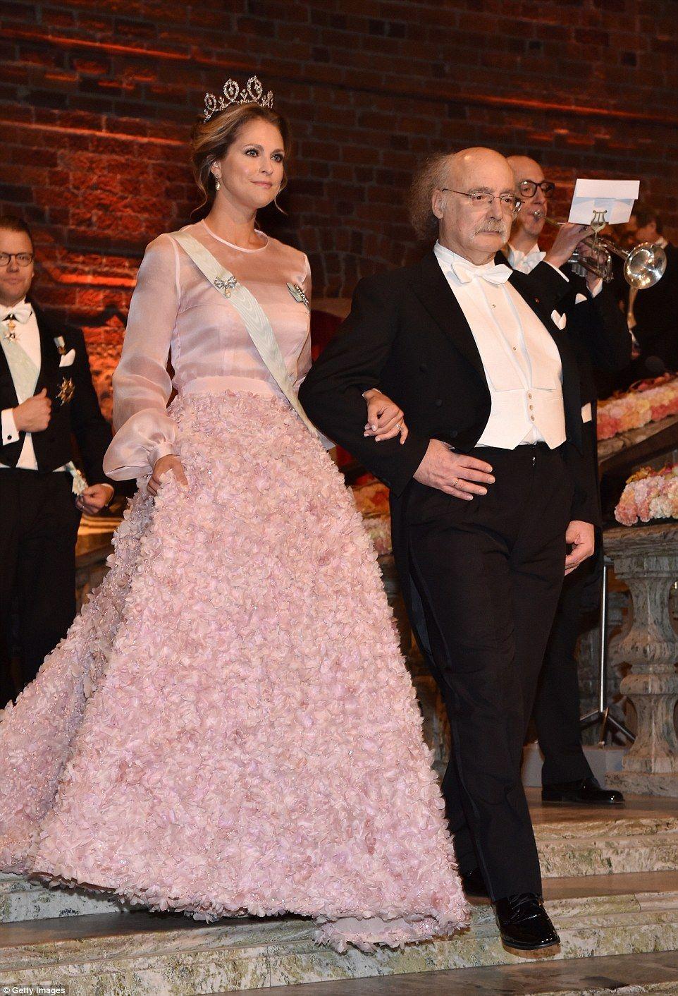 Crown Princess Victoria joins Swedish royals at Nobel Prize ceremony ...