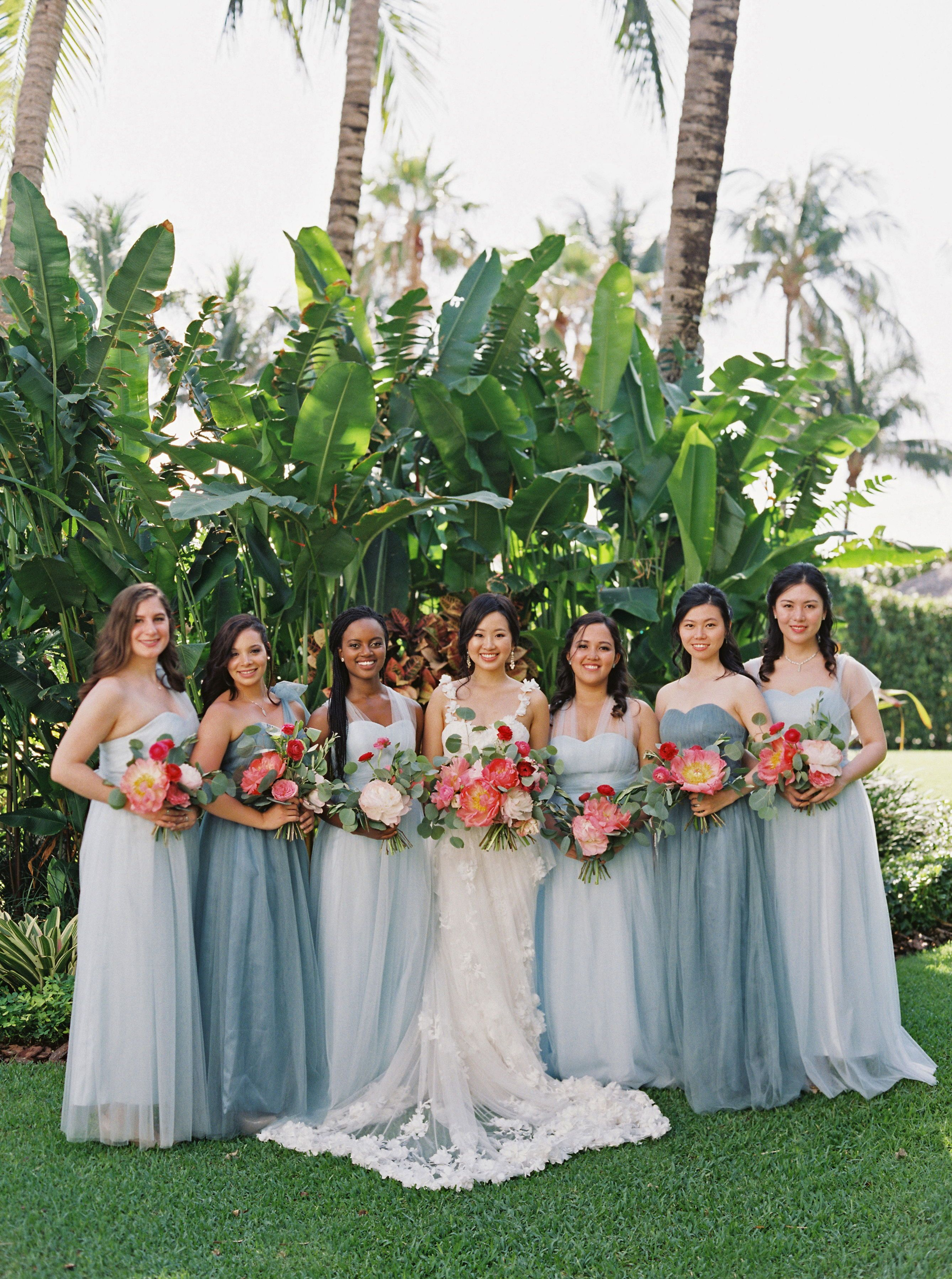 28 Reasons To Love The Mismatched Bridesmaids Dress Look Winter Bridesmaid Dresses Spring Bridesmaid Dresses Summer Bridesmaid Dresses