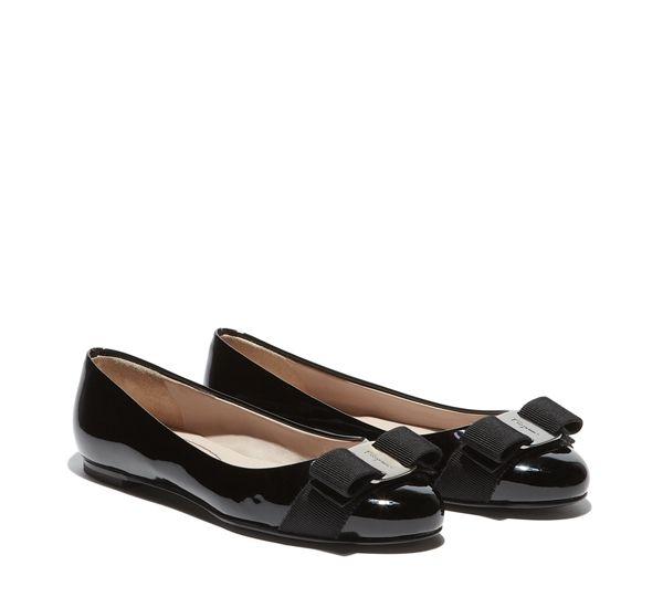 Ferragamo Vara Arc Chaussures De Ballerine - Noir FFdNP