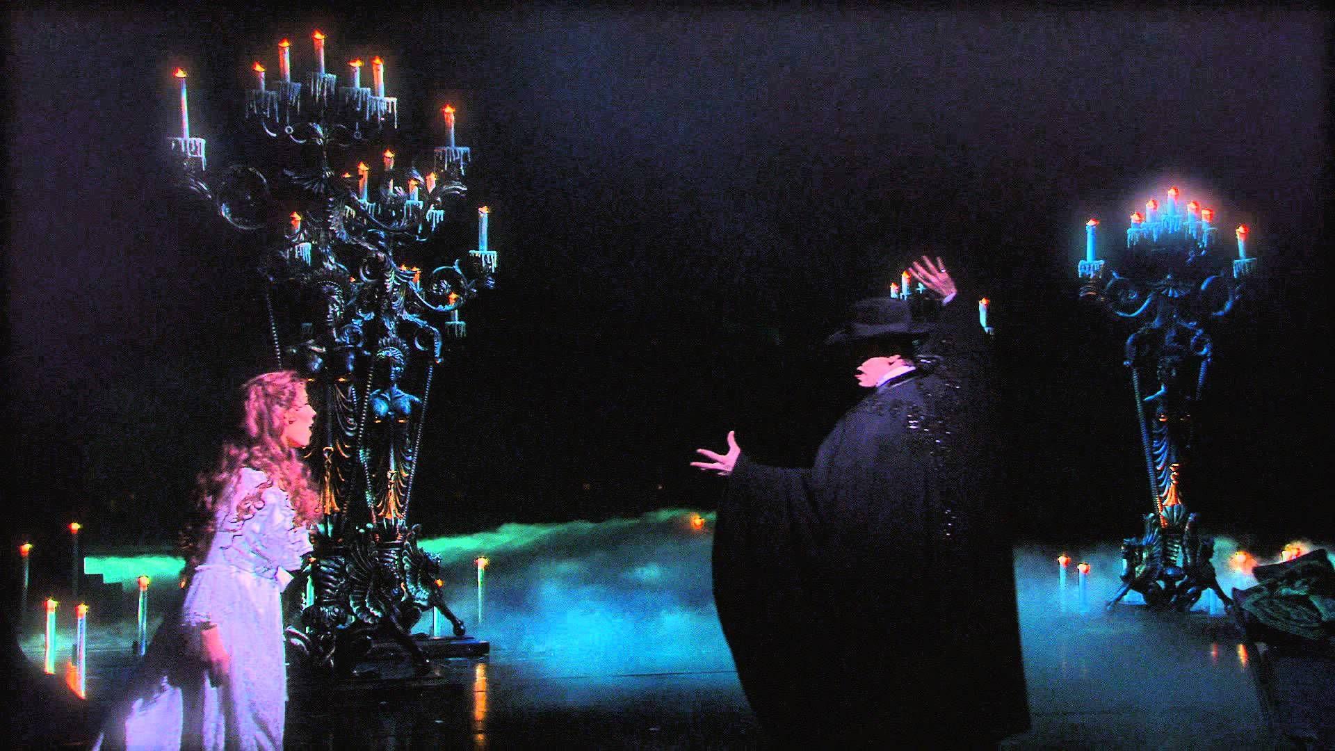 Das Phantom Der Oper Hamburg Mathias Edenborn Und Valerie Link They