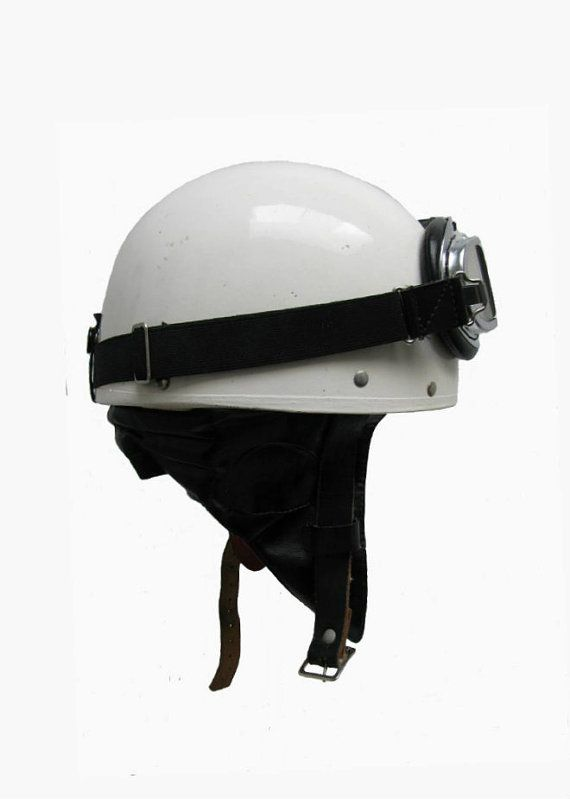 Vintage Pudding Basin Motorycle Helmet With Halcyon Goggles Herms Leathertogs Easton Pa Everoak Made In England Mns Size Small