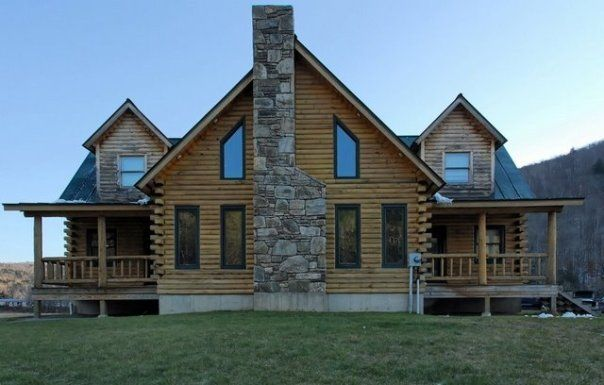 What an incredible house.  This is perfection in New Hampshire  www.rentini.com