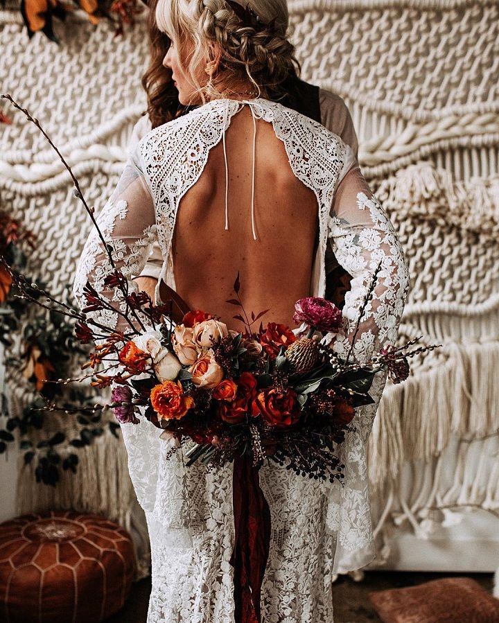 Beautiful boho bride in boho wedding dress + autumn wedding bouquet #bohemianweddingdress #cutbackweddingdress #weddingdress #bohobride #fallbouquet
