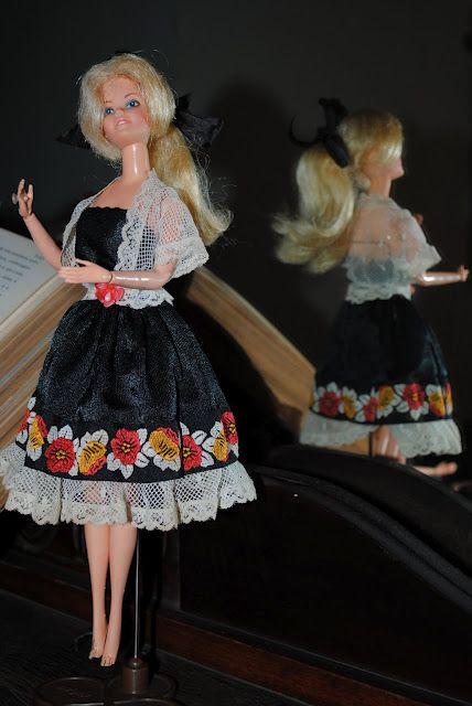 Barbie Loira 1982 ano de lançamento da Boneca Barbie no Brasil