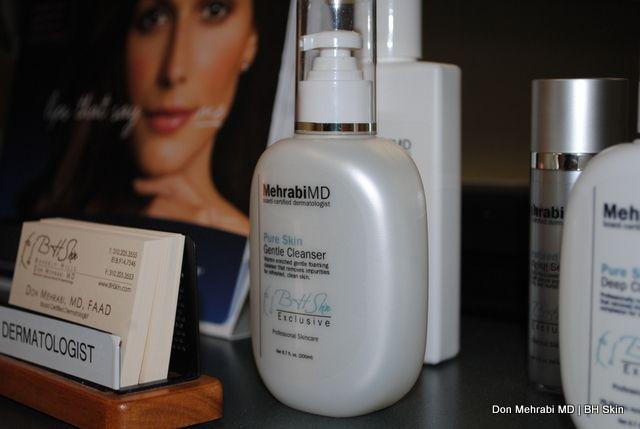 Check In Counter- Encino-Tarzana | The Best | Dermatologist