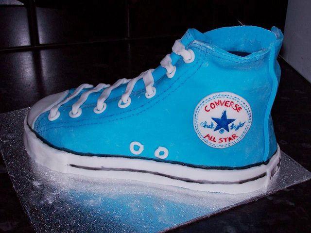 blue converse cake   Converse, Blue converse, Converse classic
