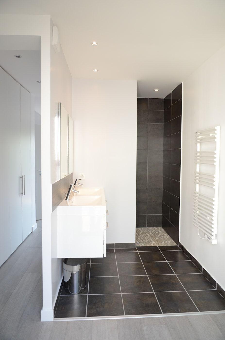 Toilette Blanc Et Gris salle de bain moderne gris anthracite et blanc salle de bain
