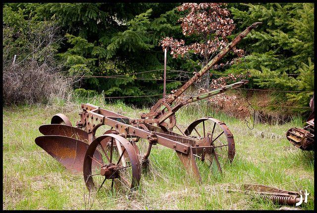Old Plow Old Farm Equipment Farm Equipment Vintage Farm