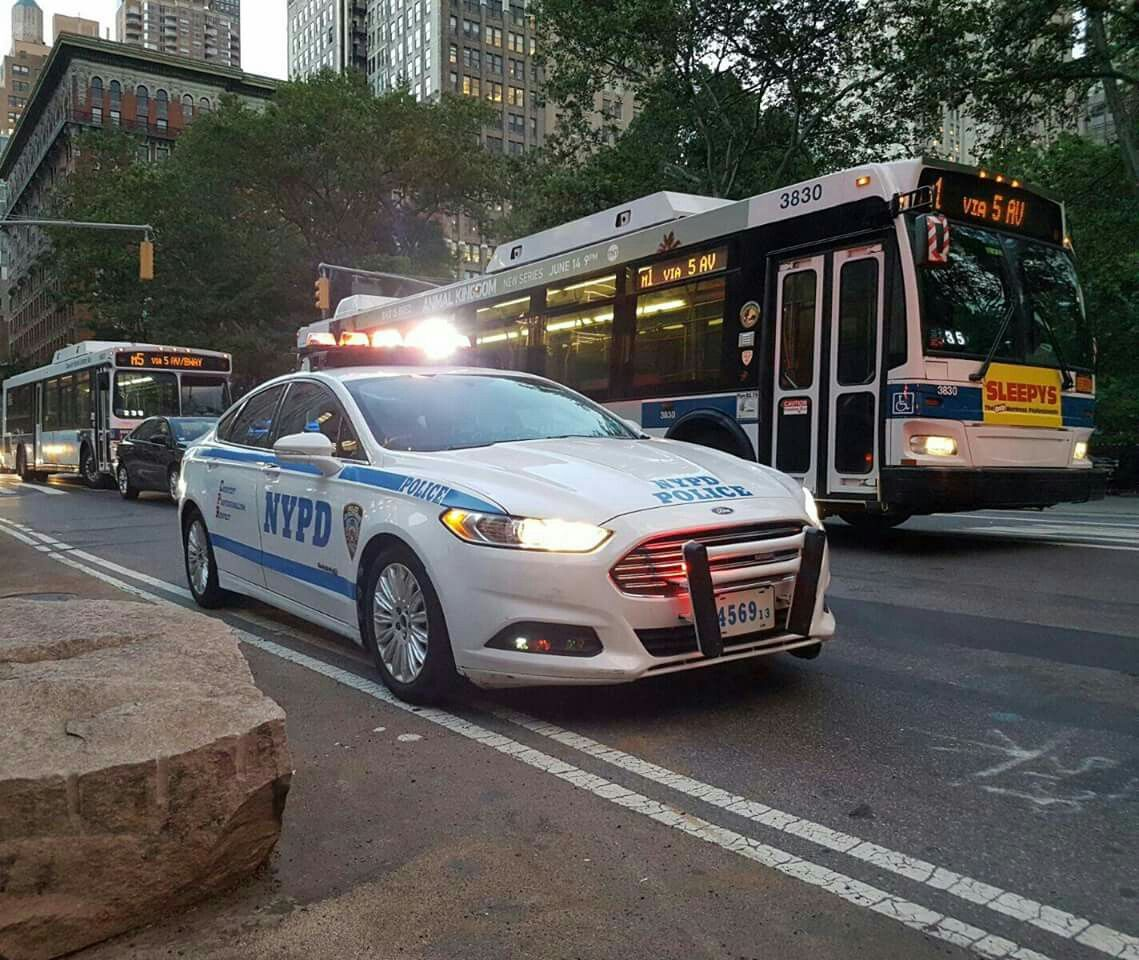 Nypd Ford Fusion Police Cars Emergency Vehicles Old Police Cars